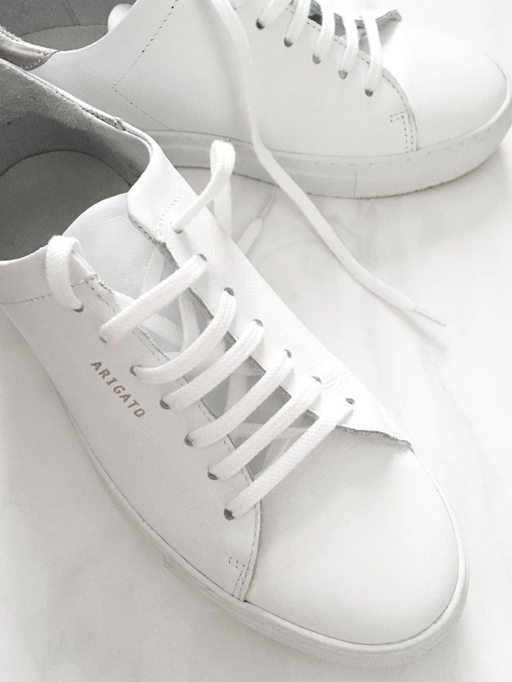 axel arigato - To Create A Fashion Style, You Just Need A Pair Of White Shoes!