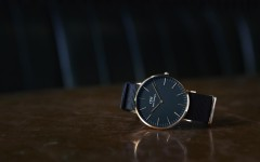 Daniel Wellington Classic Black FW16 2 240x150 - Daniel Wellington 经典黑表,6mm超薄简雅格调!