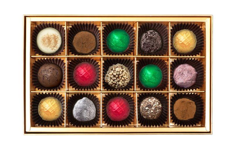 Christmas Chocolate Truffe Gift Box 15pcs. open box - 在巧克力的国度中,度过美妙圣诞佳节