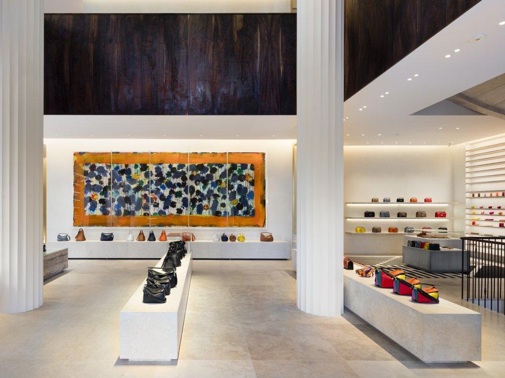 casa loewe madrid 7 - Madrid Casa Loewe 在时尚旗舰店细品艺术