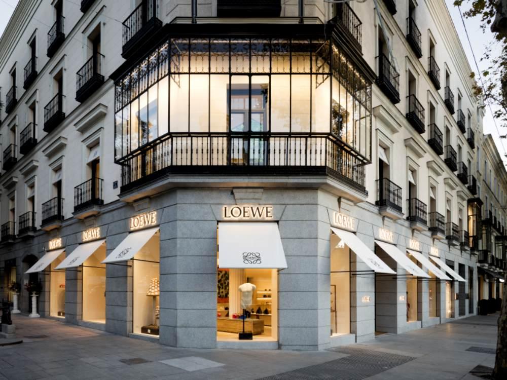 casa loewe madrid 9 - Madrid Casa Loewe 在时尚旗舰店细品艺术