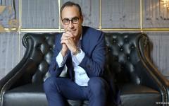 kingssleeve cover Piaget Mr Eduardo Tartalo 240x150 - 东南亚区总经理Eduardo Tartalo畅谈Piaget Polo S!