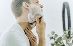 "men shaving products contain natural ingredients  240x150 - ""须""要呵护,优选剃须产品!"