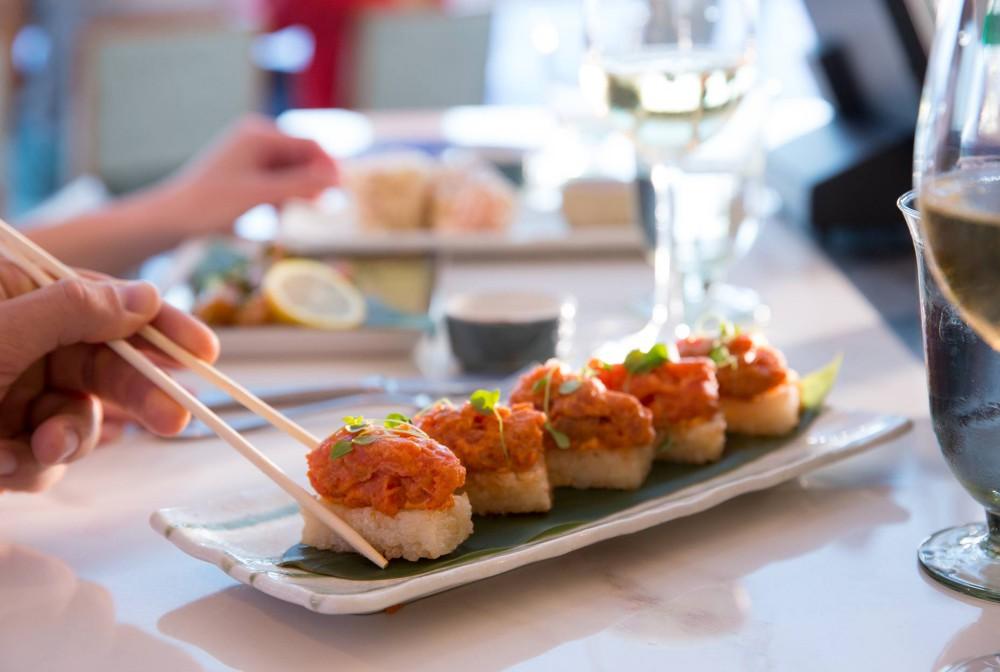 norwegian bliss cruise food republic 2 - Norwegian Bliss 航行的豪华游乐园!