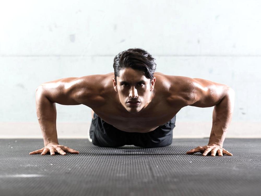 workout at home keep fit plan BIG  - 持续锻炼,佳节期间警惕性计划!