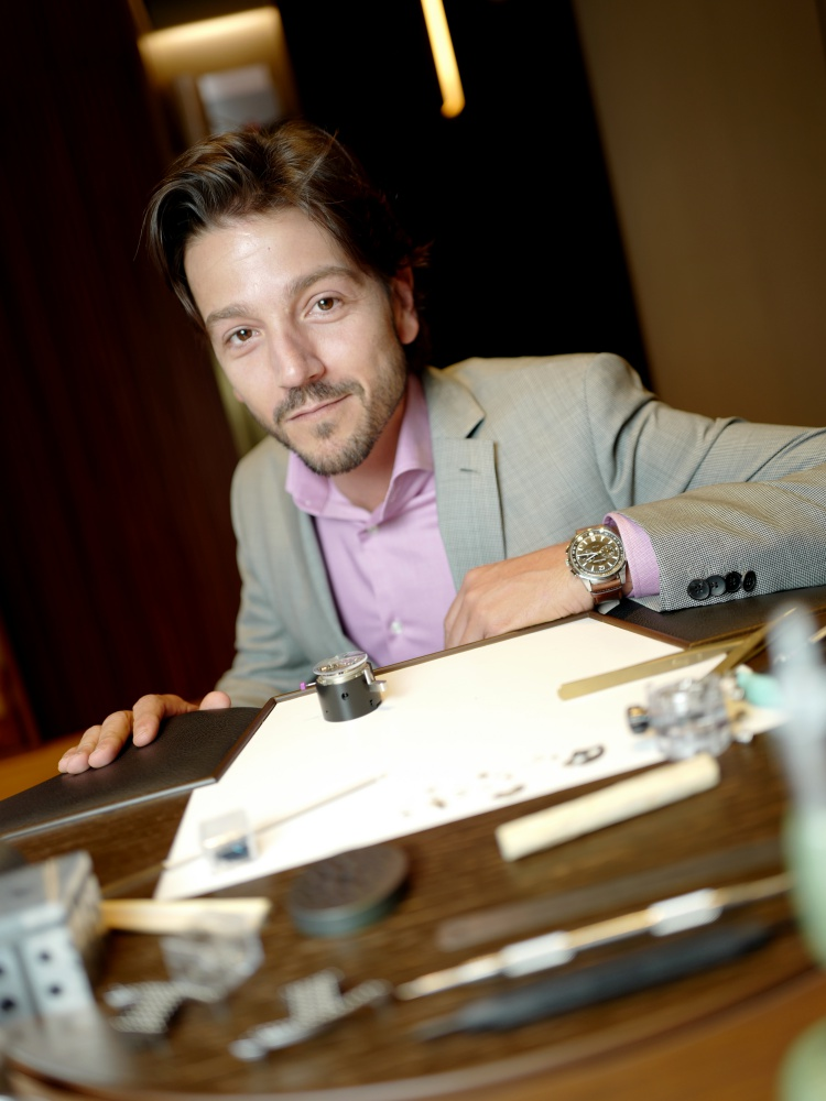 Jaeger LeCoultre Booth at SIHH 2018 Diego Luna  - Jaeger-LeCoultre SIHH 展馆群星汇聚!