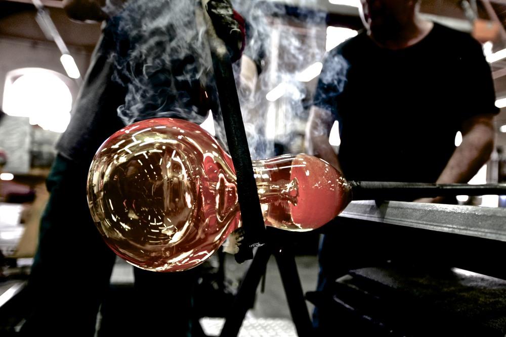 Louis XIII le Salmanazar 9 liter crystal decanter 3 - Louis XIII 独有的九公升水晶臻品