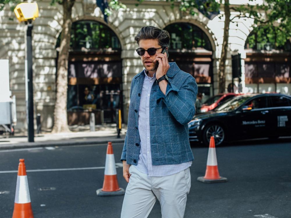 men fashion hairstyle pompadour 1 - 经典而时尚,梳好Pompadour油头发型!