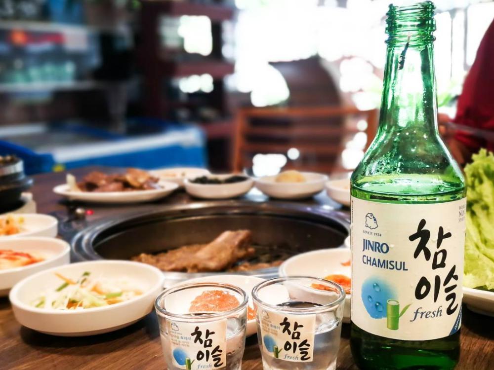 "korean soju culture BIG  - 关于韩国人的""国民之饮""—— Soju!"
