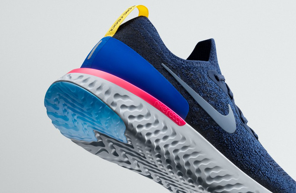 nike epic react flyknit details - 实力创新 Nike Epic React Flyknit 全新跑步体验!