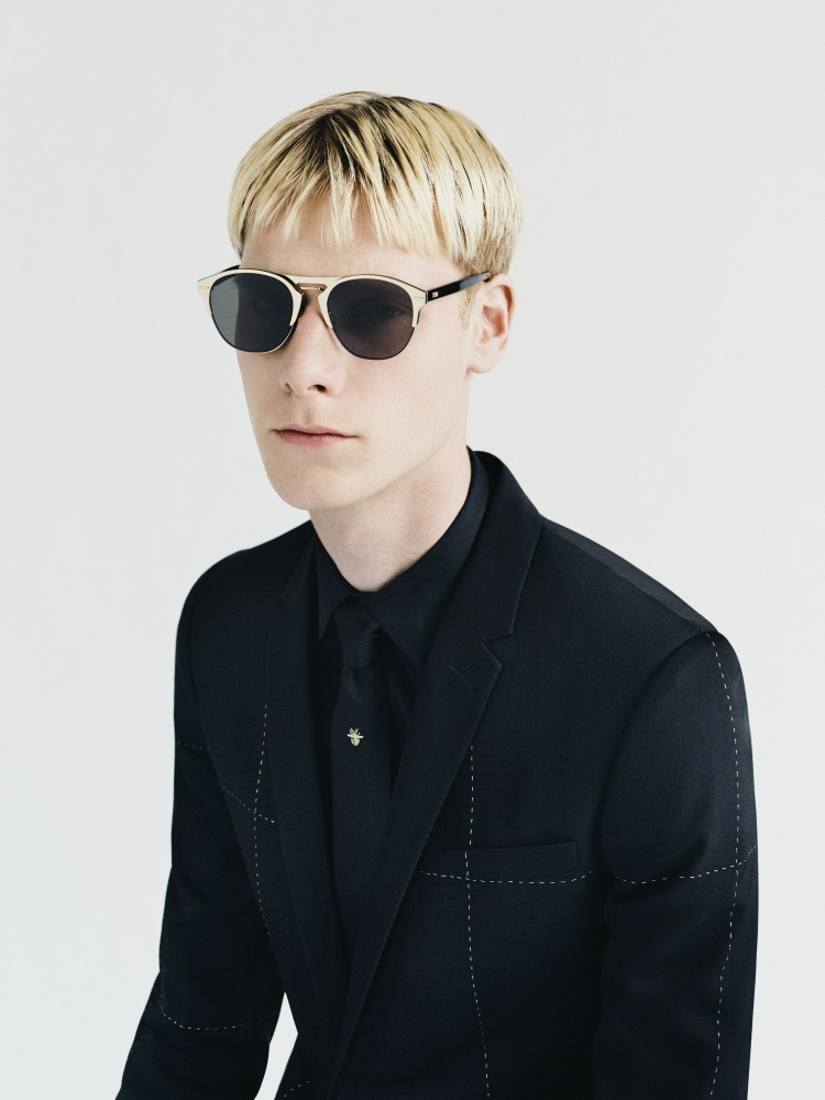 dior homme gold capsule by paolo roversi 2 - Dior Homme Gold Capsule 内敛的奢雅华丽