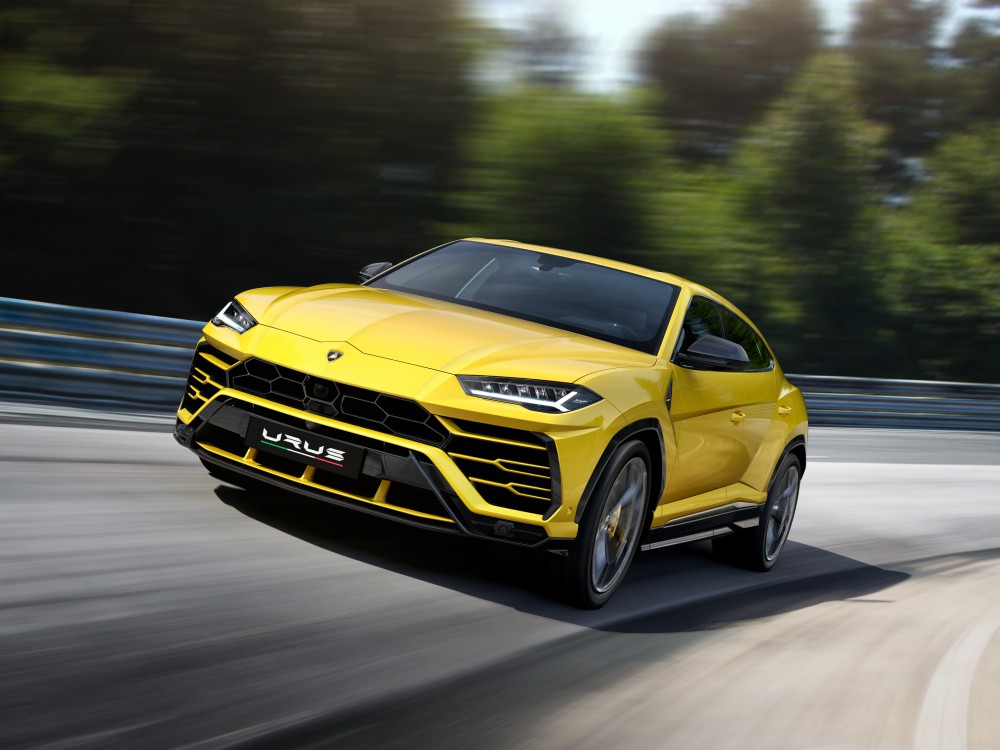 lamborghini urus luxury car 4 - Lamborghini Urus 超强休旅车,来势汹汹!