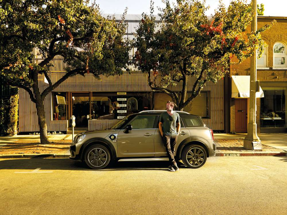 mini countryman plug in hybrid and mini cooper s countryman sports 13 - MINI Countryman 都会动感,酷帅出行!