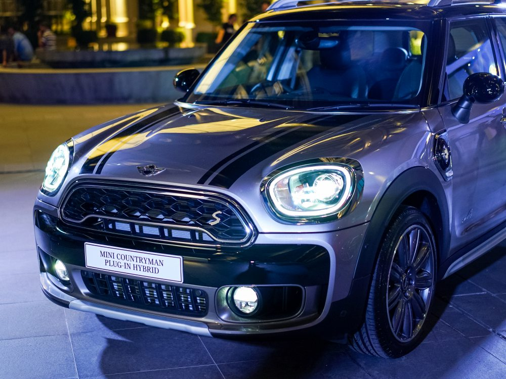 mini countryman plug in hybrid and mini cooper s countryman sports 3 - MINI Countryman 都会动感,酷帅出行!