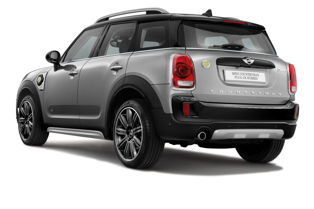 mini countryman plug in hybrid and mini cooper s countryman sports 8 - MINI Countryman 都会动感,酷帅出行!