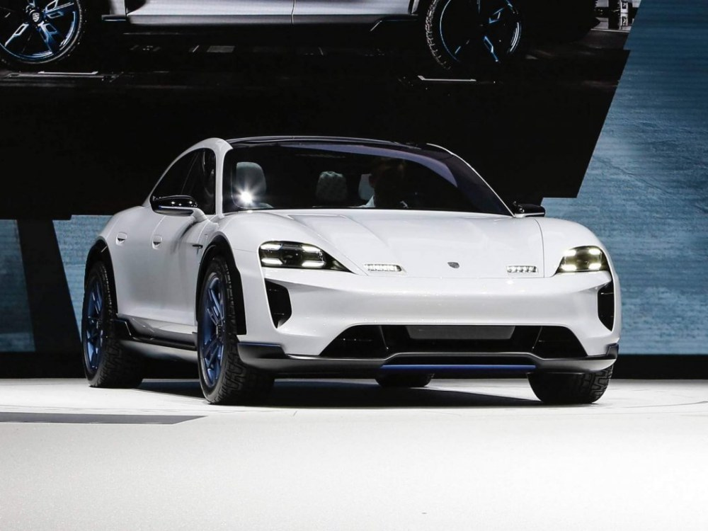 the future car hybrid electric car Porsche Mission E Cross Turismo Concept  - 5款未来汽车,电动豪车新趋势!