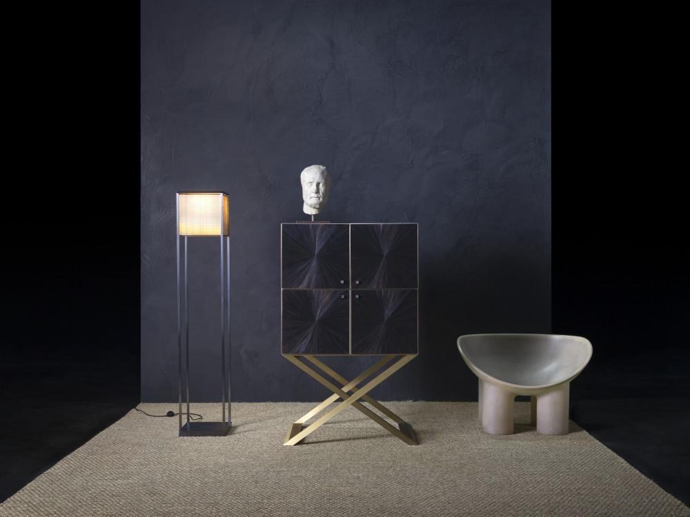 armani casa club bar cabinet black straw marquetry 2 - Armani/Casa 对生活的内敛优雅