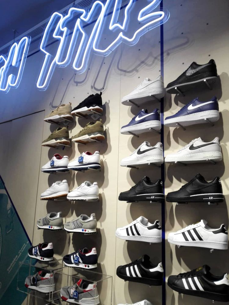 aw lab sportstyle store at klcc first in malaysia 10 - AW LAB 首家旗舰店,炫出运动时尚风潮!