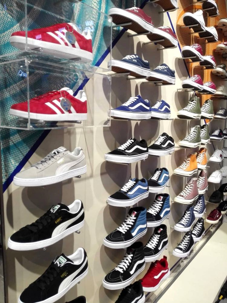 aw lab sportstyle store at klcc first in malaysia 15  - AW LAB 首家旗舰店,炫出运动时尚风潮!