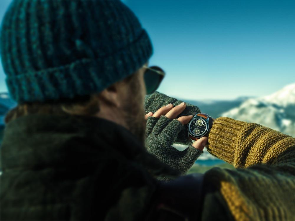 montblanc 1858 geosphere cognac calfskin strap 1 - Montblanc 1858 Geosphere 致敬登山探险精神!