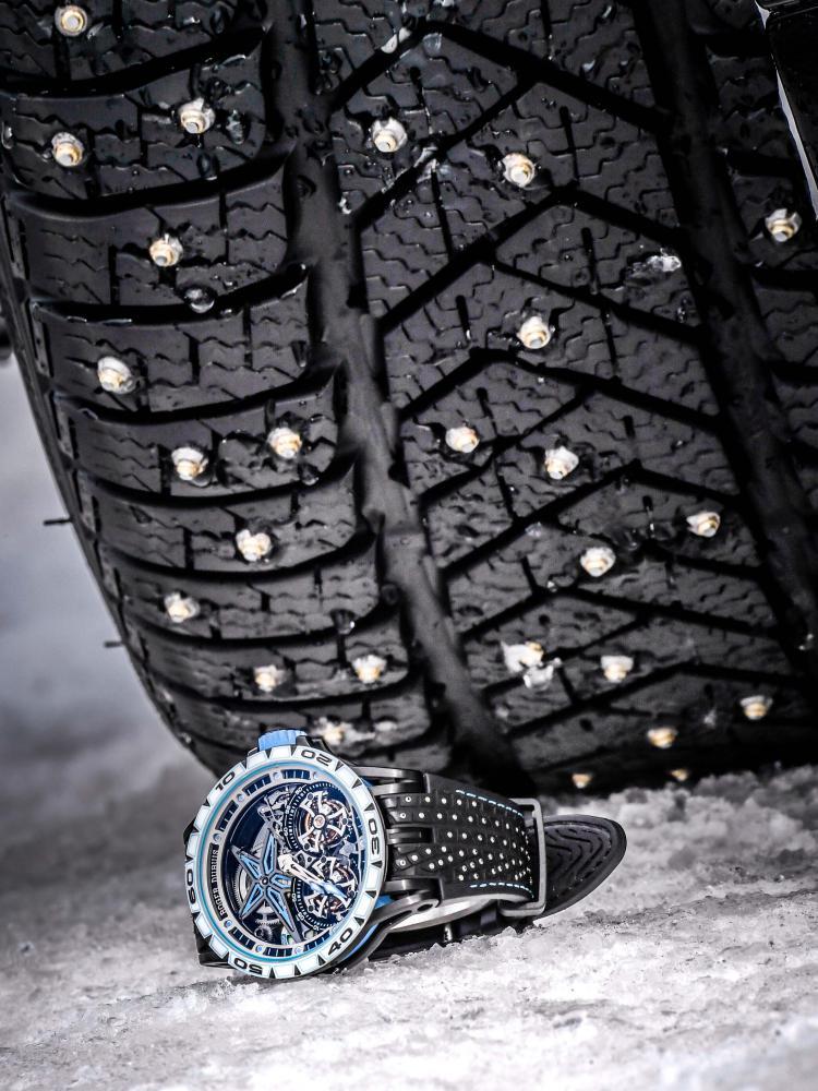 roger dubuis jonolsson excalibur spider pirelli sottozero 1 - Roger Dubuis 展现雪钉轮胎的极致耐力