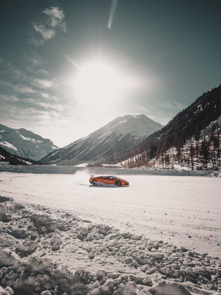 roger dubuis jonolsson excalibur spider pirelli sottozero 3 - Roger Dubuis 展现雪钉轮胎的极致耐力
