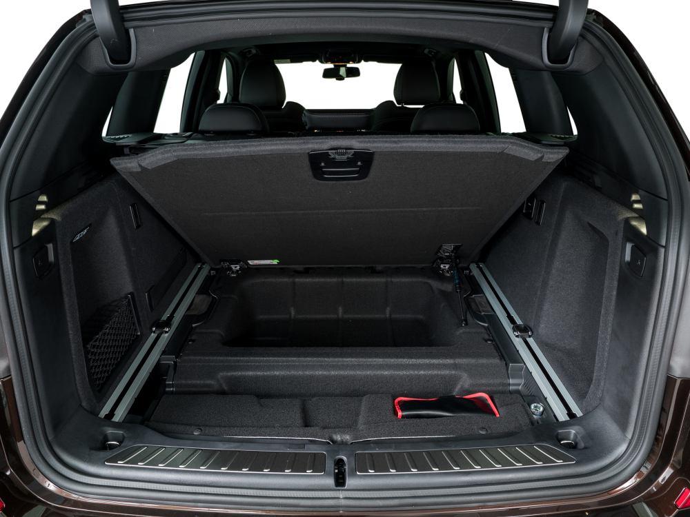 the all new BMW X3 xDrive30i car 10 - BMW X3 奢华动感轻休旅