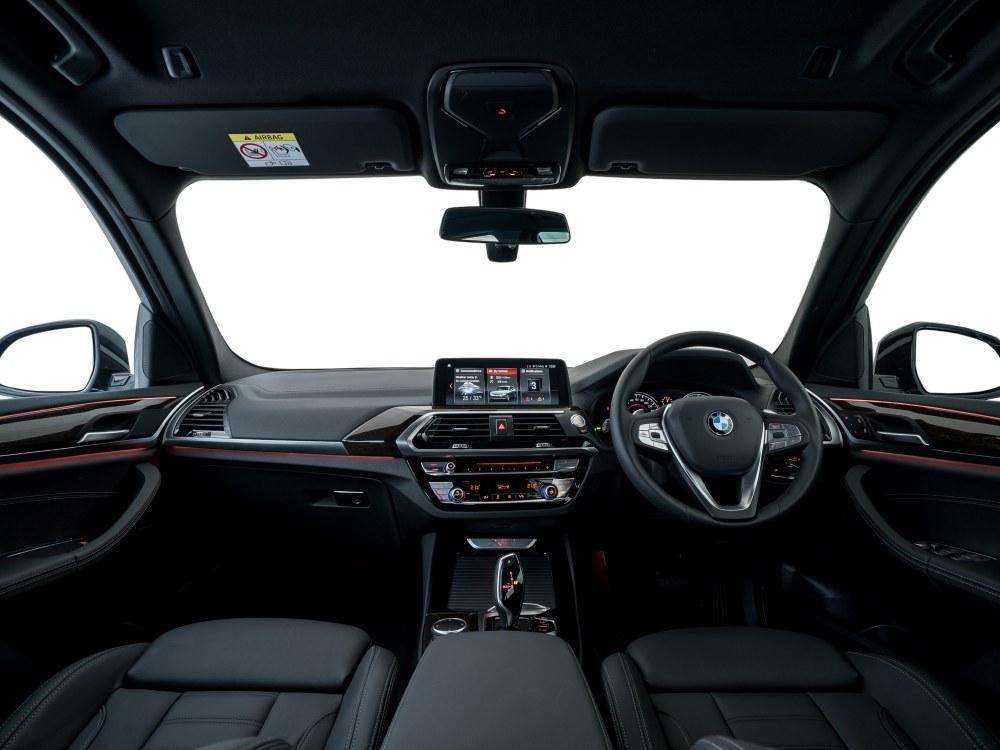 the all new BMW X3 xDrive30i car 5 - BMW X3 奢华动感轻休旅