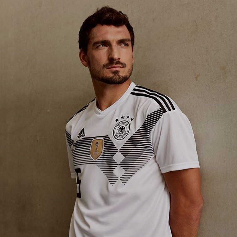 JD montly top picks germany home jersey by adidas - 足球狂热期,JD邀你穿上球衣同步感受!