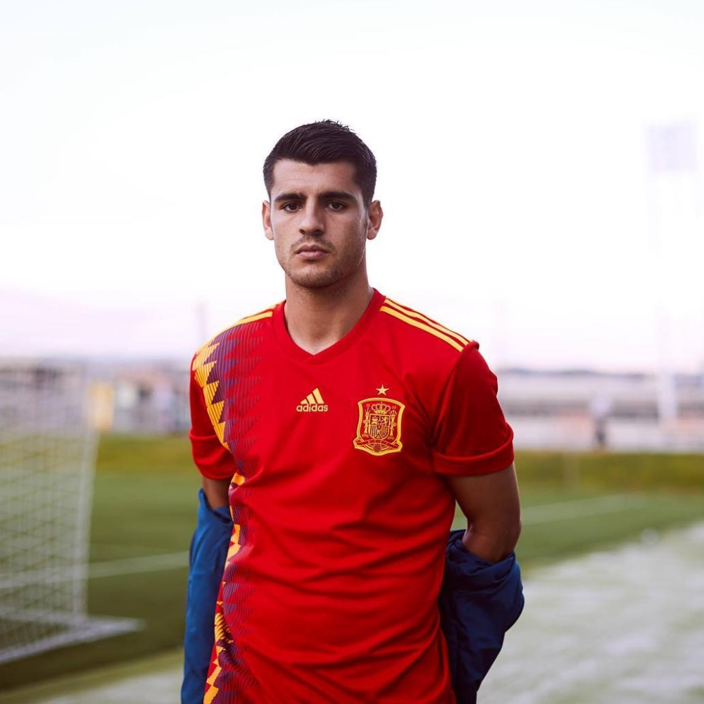 JD montly top picks spain home jersey by adidas - 足球狂热期,JD邀你穿上球衣同步感受!