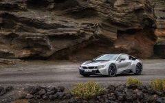 BMW i8 Coupé feature 240x150 - 改款 BMW i8 Coupé 混合超跑问世