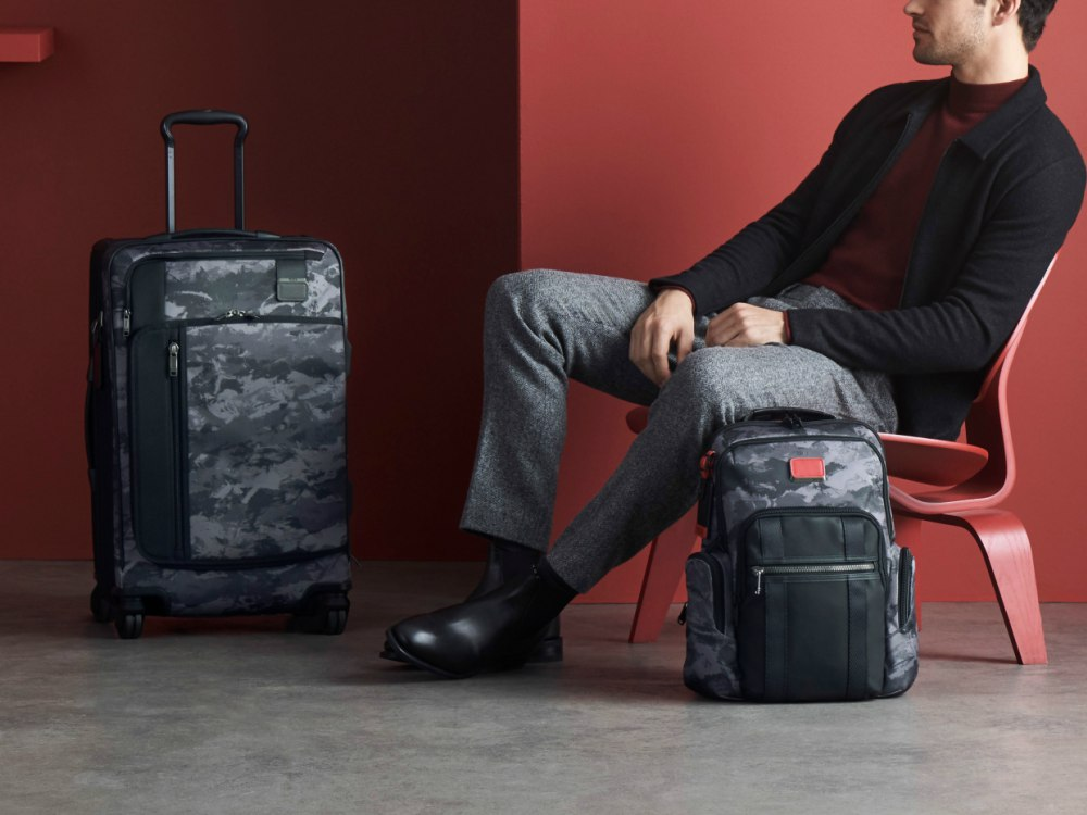 "TUMI Scandinavian Lodge Alpha Bravo Collection - 2018 TUMI Scandinavian Lodge 专属于你的北欧""旅伴"""