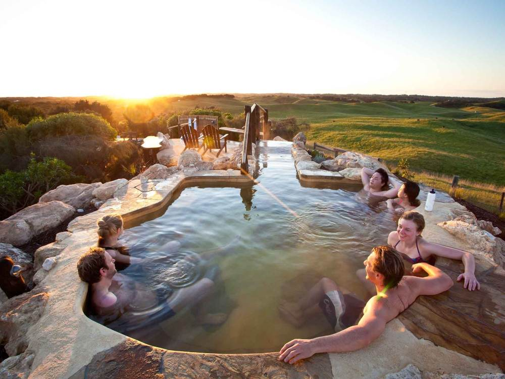 Travel Mornington Hot Spring - Best Solo Getaways:一趟犒赏心灵之旅