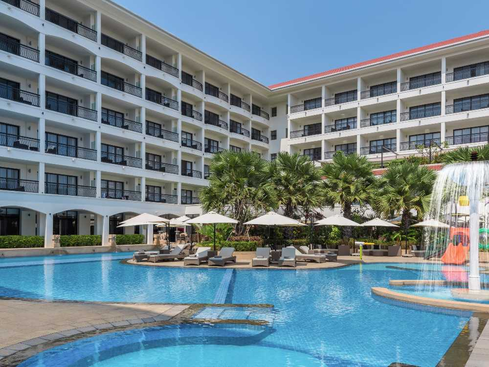 Courtyard Resort Siem Reap Cambodia Pool - 遗址中的星级住宿:Courtyard by Marriott Siem Reap Resort
