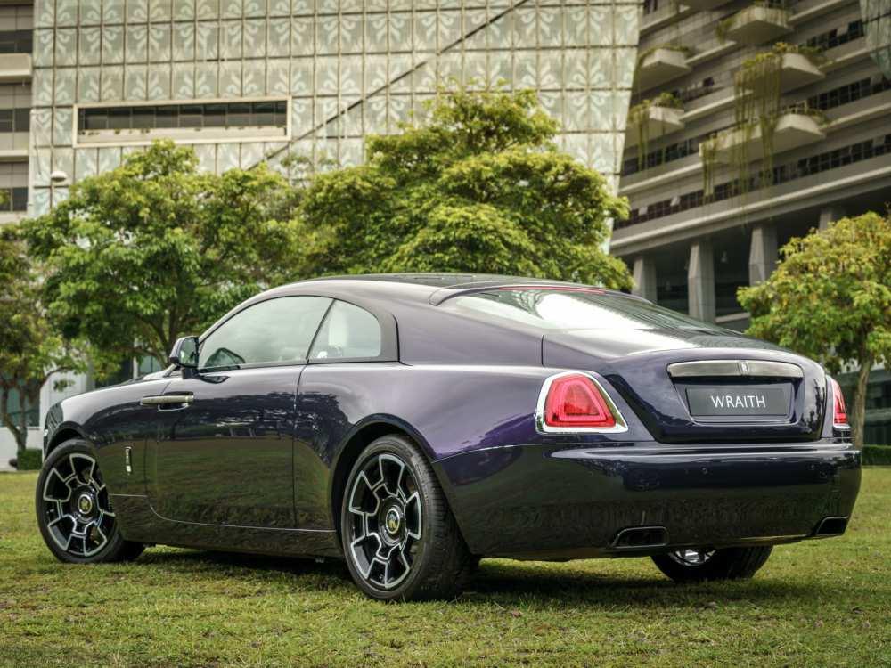 Exterior Rear Rolls Royce Black Badge Wraith - 魅影三重奏:ROLLS ROYCE BLACK BADGE 首度大马亮相