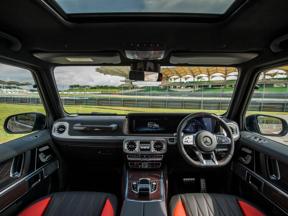 Interior Mercedes Benz AMG G63 - 教父级的移动城堡:Mercedes-AMG G63