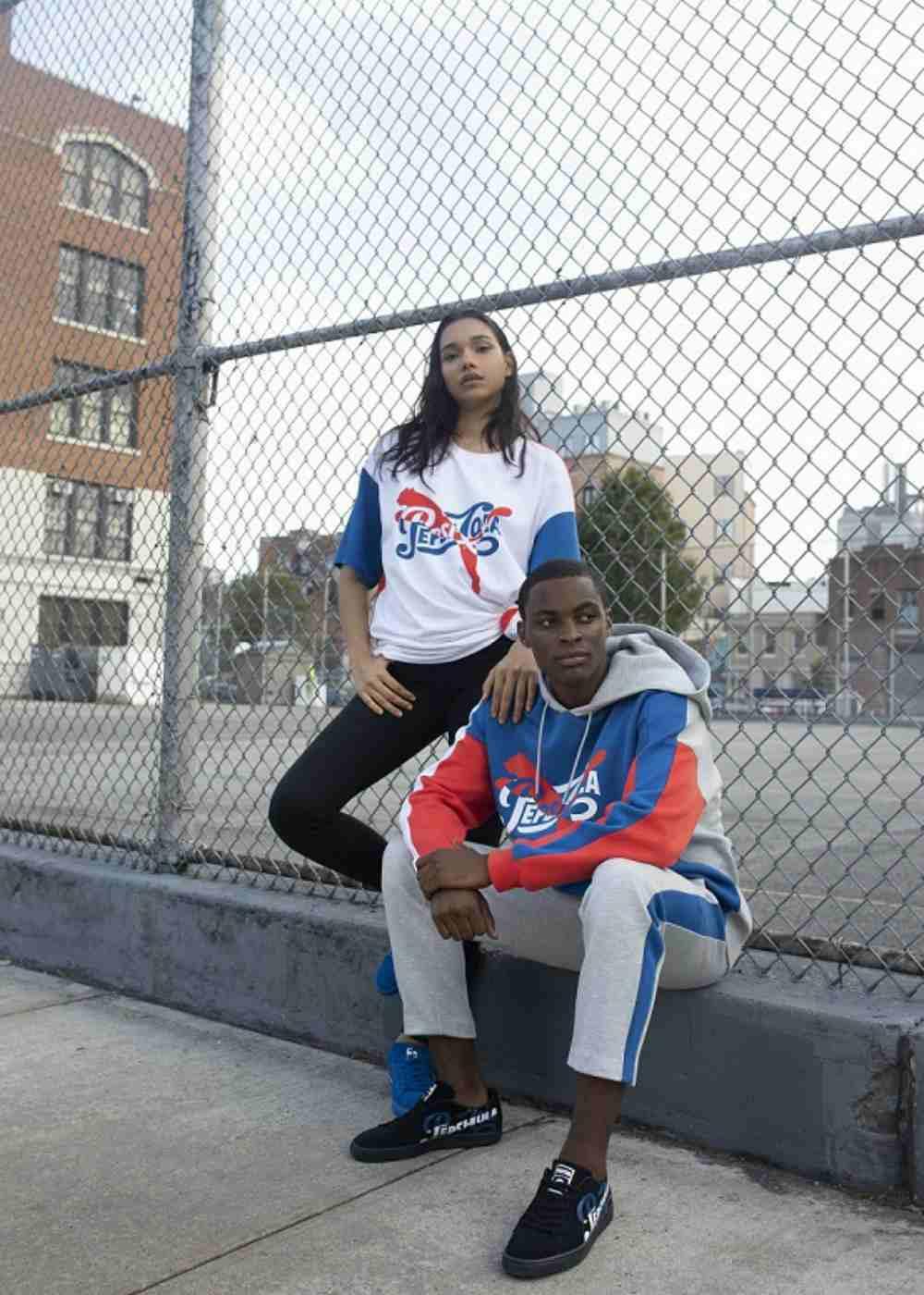Lifestyle PUMA x Pepsi Cola Puma Suede 50 - Suede 50 PUMA x Pepsi Cola 联手重塑50周年经典潮流
