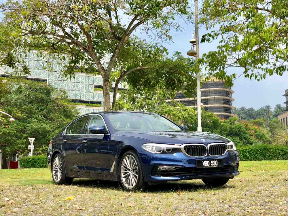 Test Drive BMW 530e e drive - 【Test Drive】BMW 530e Sport 豪华升格 智慧满载