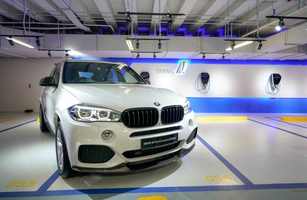 BMW X5 MW Malaysia Introduces the Exclusive BMW M Performance Editions - Bangsar Shopping Centre 新增6台 BMW 充电站
