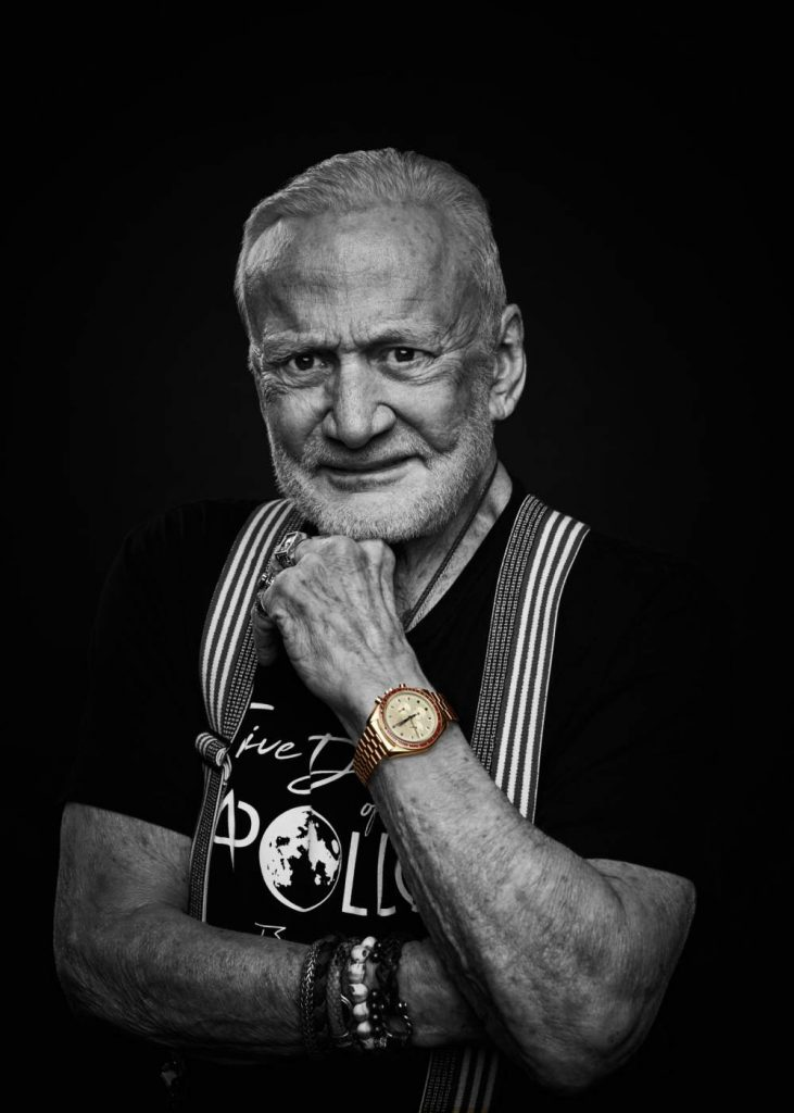 "Omega Speedmaster Moonwatch Buzz Aldrin Apollo 11 50 Years Anniversary 731x1024 - ""阿波罗11号""50周年:Omega Speedmaster 18K 超霸腕表"