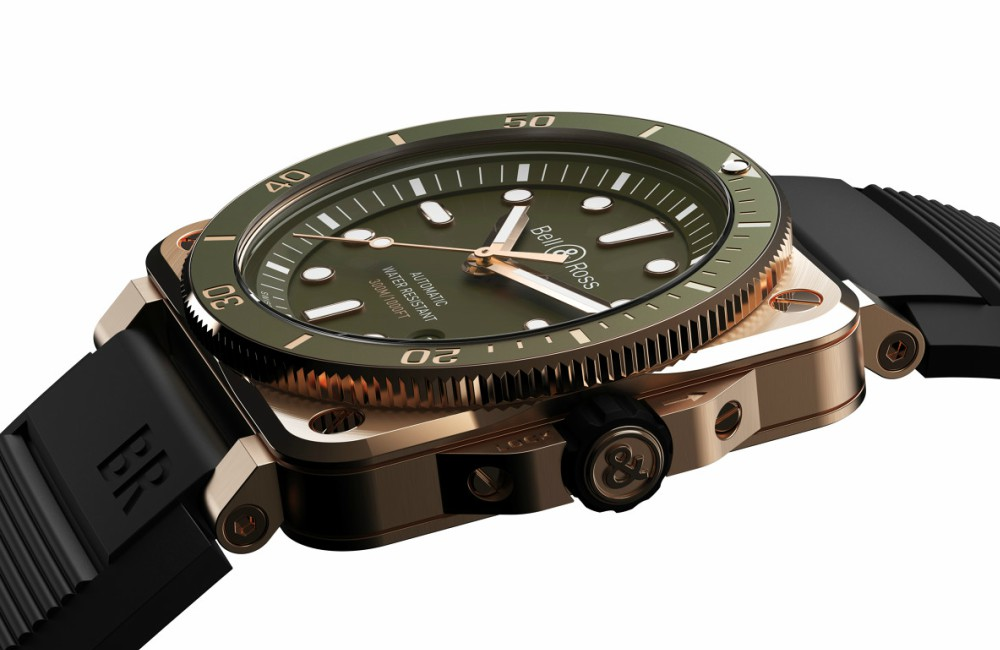Bell Ross BR03 Dive Green Bronze Side - 青铜版潜水逸品:BELL & ROSS BR03-92 Green Bronze
