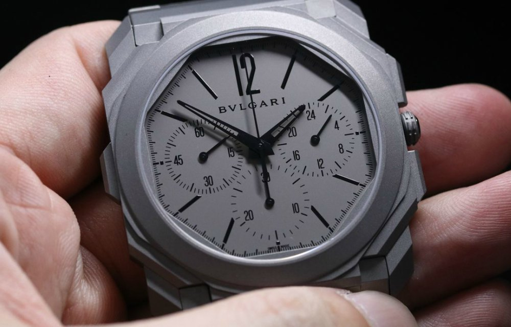 Travel Issue GMT Watches Bvlgari Octo Finismo Chronograph GMT Dial - Traveler's Timepiece:4款GMT双时区精表