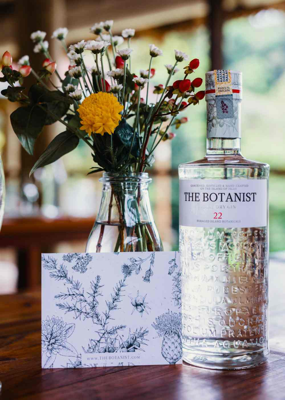Unleash Your Inner Forager with The Botanist Botanist Gin 22 - 与植物学家释放内心灵魂:The Botanist Islay Dry Gin