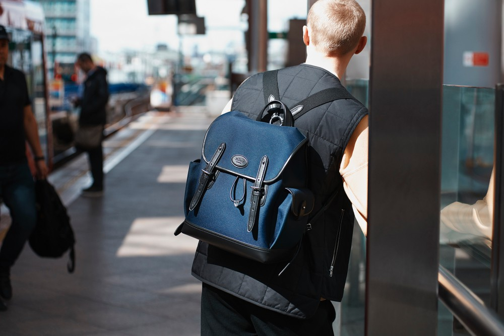 mens backpack street style mulberry - K's Style: 5款高分男士后背包