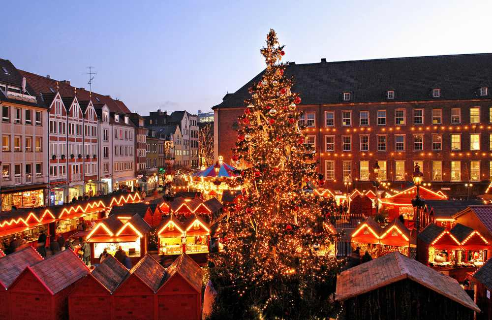 Flying to Dusseldorf with Singapore Airlines Christmas Market  - 与新加坡航空飞抵 DUSSELDORF 展开美妙旅程