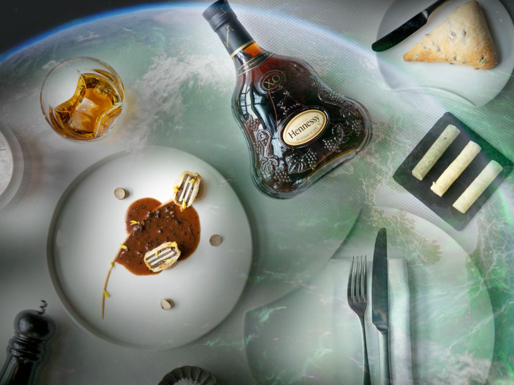 Hennessy X.O x Saint Pierre Presented The Seven Worlds Dining Experience Infinite Echo - 进入 Hennessy X.O 的 The Seven Worlds 用餐体验