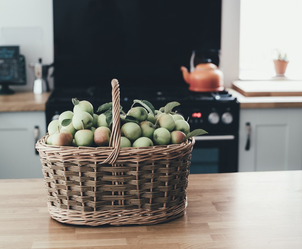 Tips For More Mentally Healthy Workplace fruits - 提升职场精神健康的6大法则