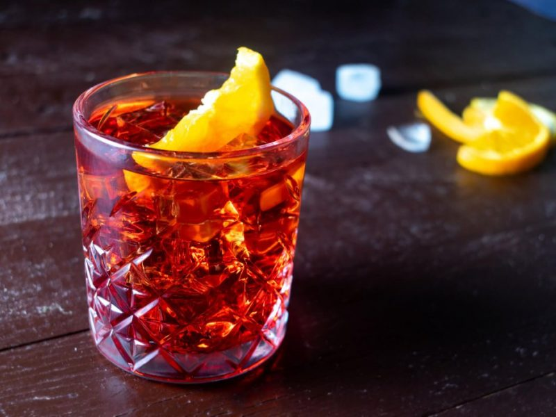 Negroni cocktail featured 800x600 - Home