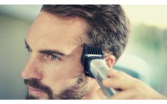 DIY HAIRCUT COVER 240x150 - 男士们解锁新技能!在家自己剪头发前必看 (注意事项与技巧)