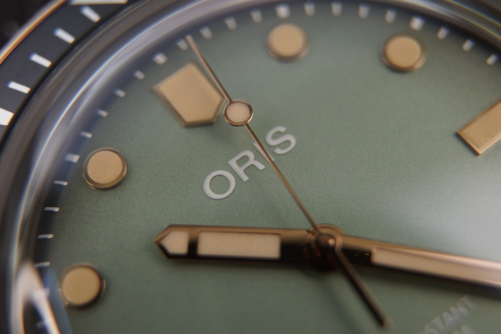 Oris x Momotaro watch review details - [编辑试戴] 是牛仔表带!必收藏的 Oris x Momotaro 潜水表